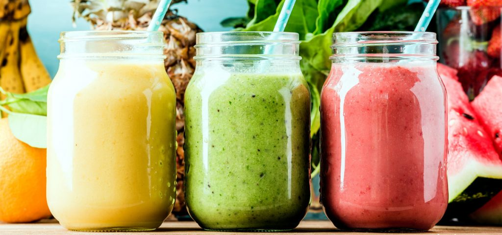 Real Fruit Smoothies: A Delicious Meal Replacement for Those Excruciatingly Hot Days